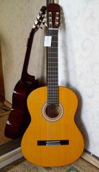 Продам классическую гитару Aria (Akn-15) новая