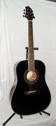 продам акустическую гитару Greg Bennett GD-100S,  массив