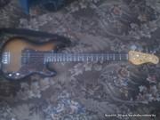 Бас гитара Jay Turser JTB-400С