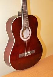Классическая гитара Amati z-39,  подарок на Ваша выбор